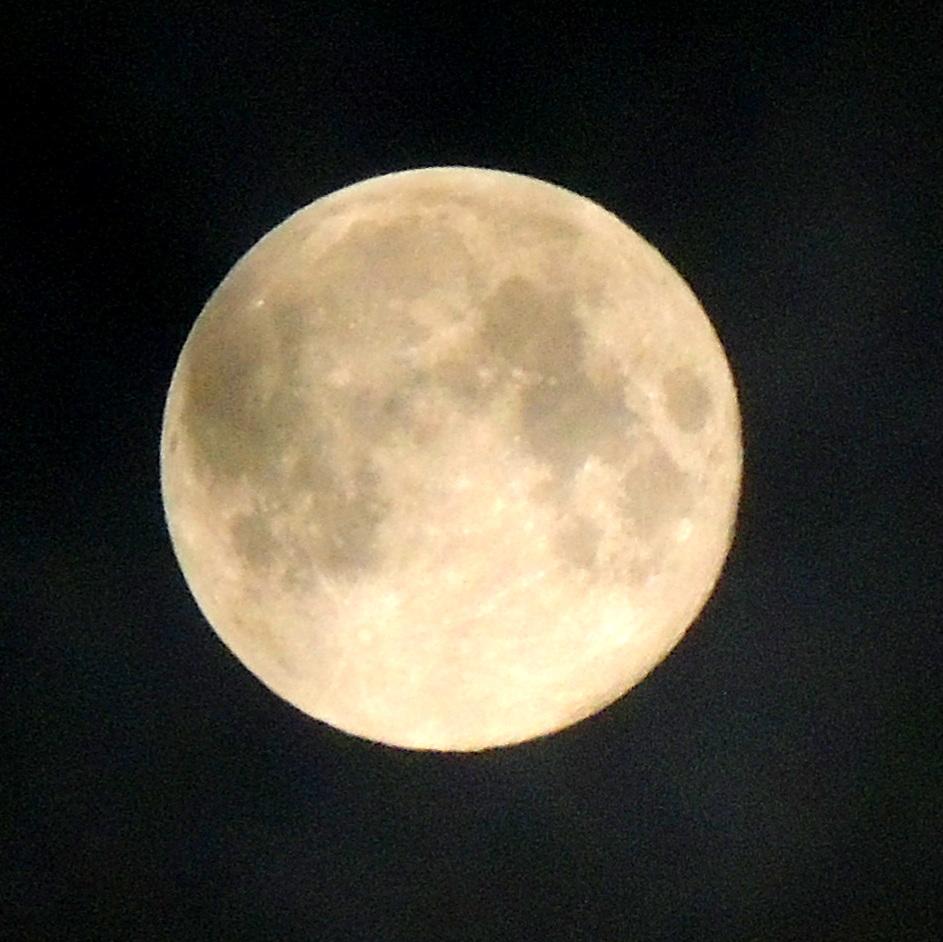 Lune des Moissons dans Ciel luna1